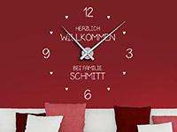 Wanduhr Wandtattoo Uhr Willkommen mit Wunschname in weiß