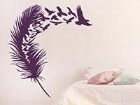 Wandtattoo Vogelfeder im Schlafzimmer