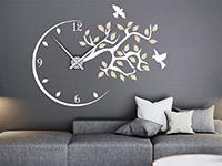Wanduhr Wandtattoo Uhr mit Ast und Vögeln auf dunkler Wand