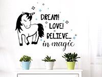 Wandtattoo Believe in magic mit Einhorn