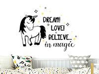 Einhorn Wandtattoo Believe in magic im Schlafzimmer