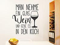 Wein Wandtattoo Man nehme ein Glas Wein auf heller Wandfläche