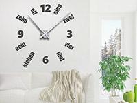 Wanduhren Wandtattoo Uhr Designzeit auf heller Wandfläche