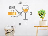 Wandtattoo Uhr Wine als zweifarbiges Highlight