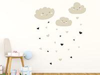 Wandtattoo Wolken mit Herzen im Babyzimmer