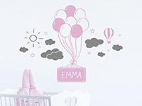 Wandtattoo Luftballons mit Wolken und Name im Kinderzimmer