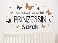Wandtattoo Prinzessin mit Name und Schmetterlingen im Kinderzimmer