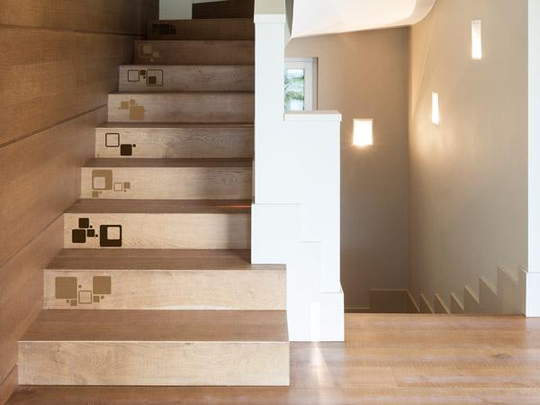 Treppenstufen An Der Wand Befestigen : treppenstufen bekleben mit wandtattoos ~ Michelbontemps.com Haus und Dekorationen