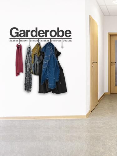 Wandtattoo in der arztpraxis wandgestaltung beim arzt for Garderobe jacke