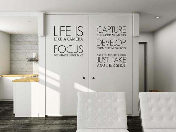 schrank mit wandtattoo bekleben tolle ideen und tipps. Black Bedroom Furniture Sets. Home Design Ideas