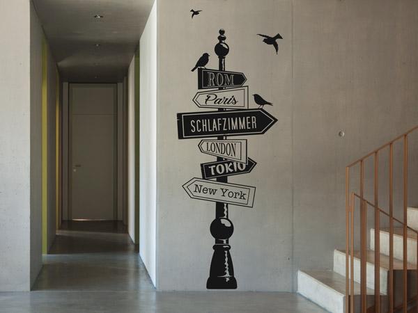 wandtattoo im treppenhaus auf treppe wand co. Black Bedroom Furniture Sets. Home Design Ideas