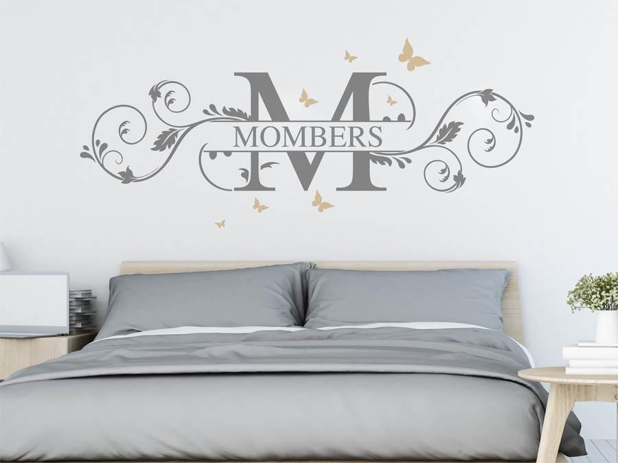 wandtattoo mombers nachname als monogramm t rschild. Black Bedroom Furniture Sets. Home Design Ideas