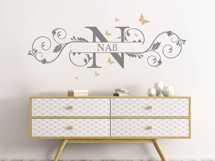 wandtattoo na nachname als monogramm t rschild oder familienwappen. Black Bedroom Furniture Sets. Home Design Ideas