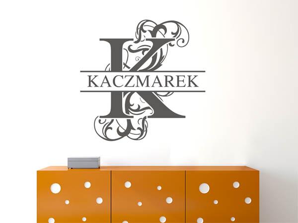 wandtattoo kaczmarek als monogramm t rschild oder familienwappen. Black Bedroom Furniture Sets. Home Design Ideas