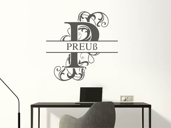 wandtattoo preu als monogramm t rschild oder familienwappen. Black Bedroom Furniture Sets. Home Design Ideas