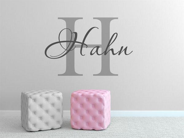 wandtattoo hahn als monogramm t rschild oder familienwappen. Black Bedroom Furniture Sets. Home Design Ideas