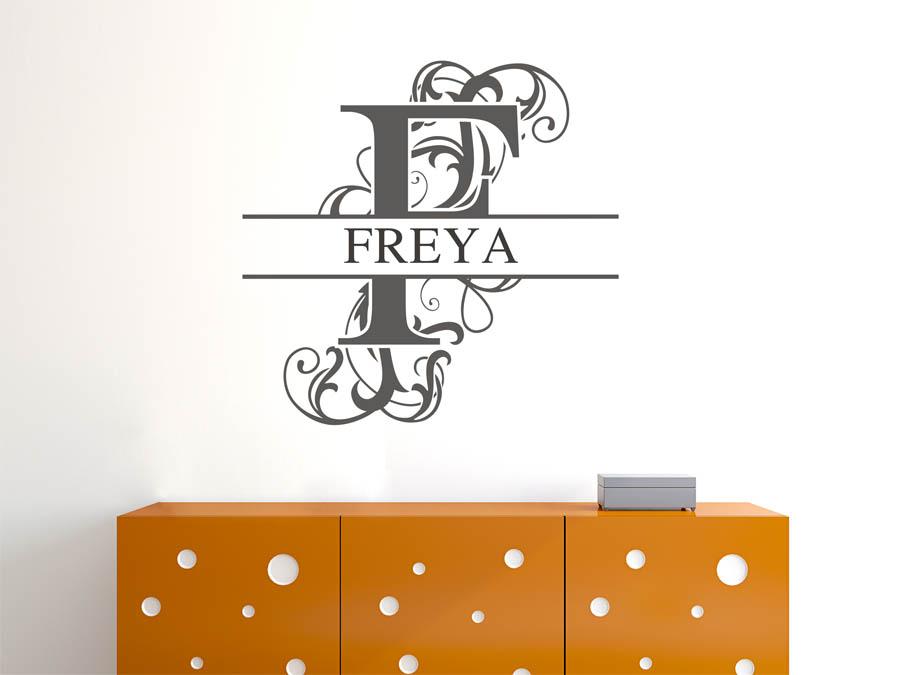 wandtattoo freya als namensschild monogramm oder. Black Bedroom Furniture Sets. Home Design Ideas