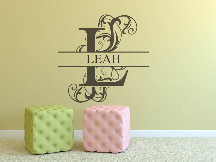 wandtattoo leah als namensschild monogramm oder. Black Bedroom Furniture Sets. Home Design Ideas