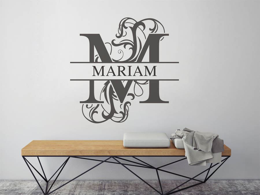 wandtattoo mariam als namensschild monogramm oder verschn rkelte schrift. Black Bedroom Furniture Sets. Home Design Ideas