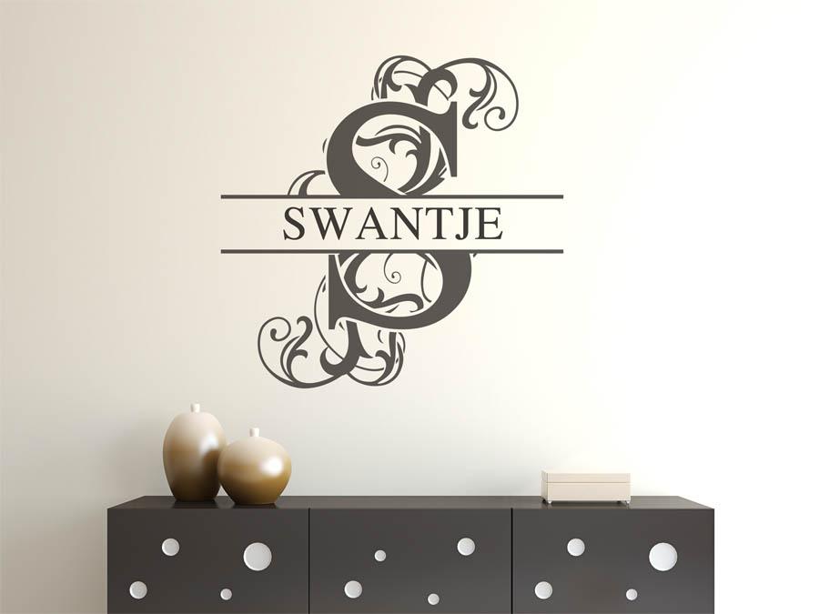 wandtattoo swantje als namensschild monogramm oder verschn rkelte schrift. Black Bedroom Furniture Sets. Home Design Ideas
