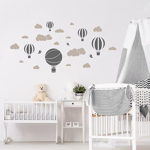 Wandtattoo Heißluftballons im Babyzimmer